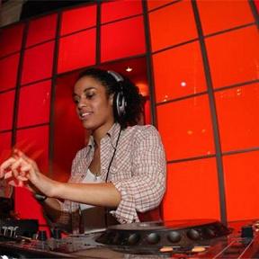 DJ la Nina