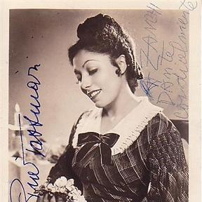 Pia Tassinari