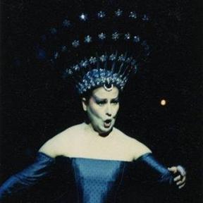 Luciana Serra