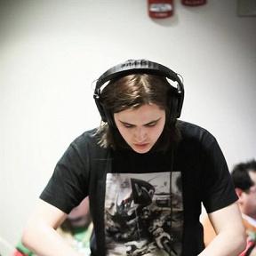 DJ Robbie